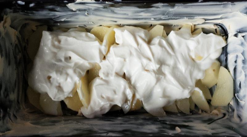 Layer 2: crème fraîche